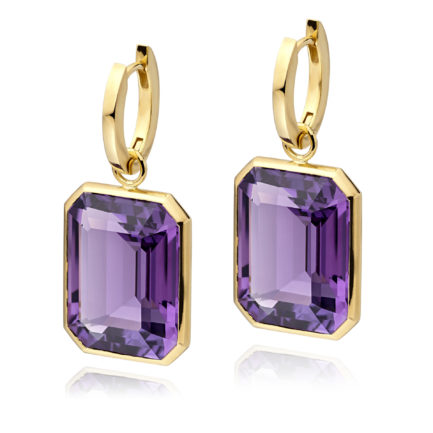 Amethyst with 18 carat gold hoops