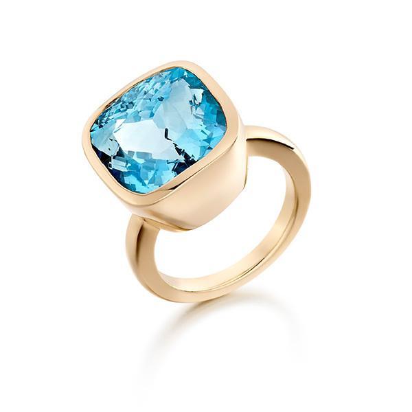 Aquamarine in 18 carat rose gold