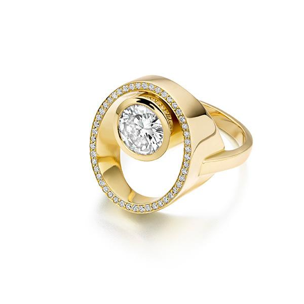 Peacock ring Diamond and pave set diamonds in 18 carat gold